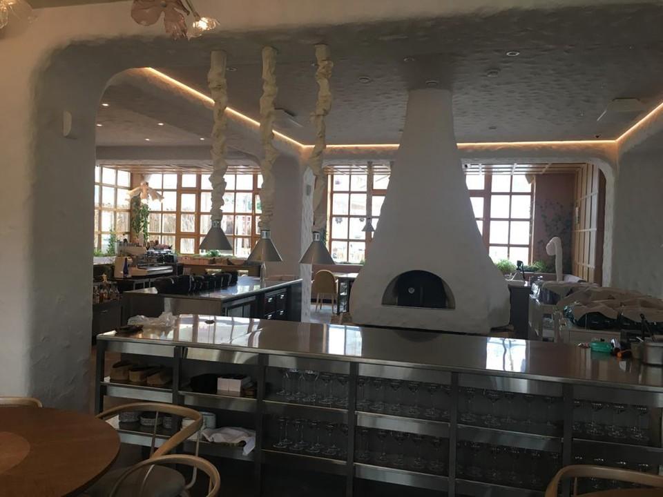 «Ростелеком» обеспечил комплекс цифровых решений для нового ресторана «Дом».
