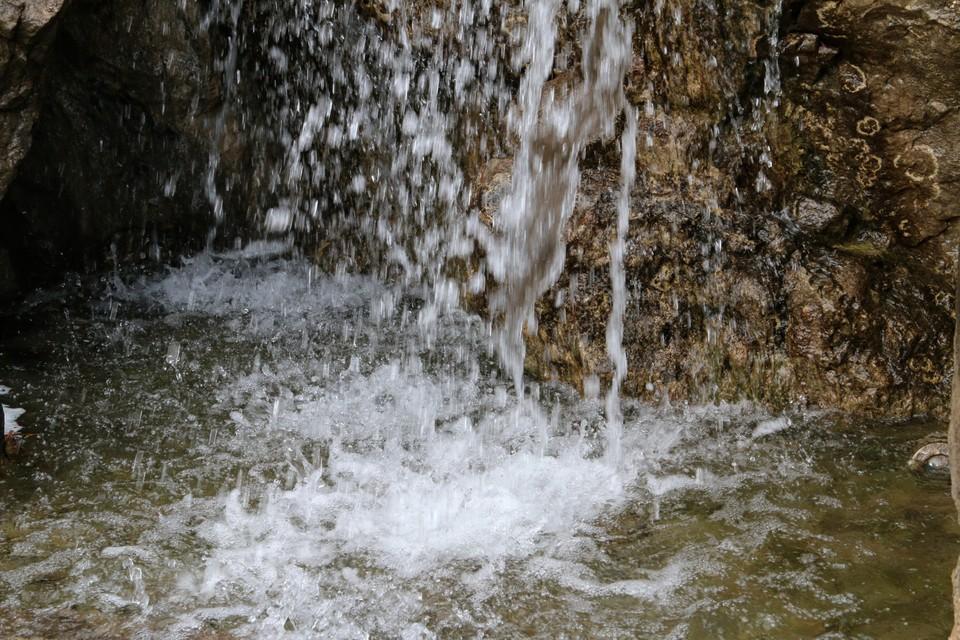 Основной объем воды поступает из подземных источников