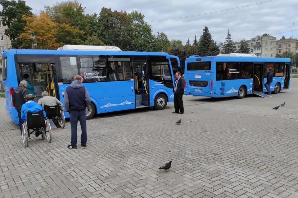 Новые низкопольные автобусы.