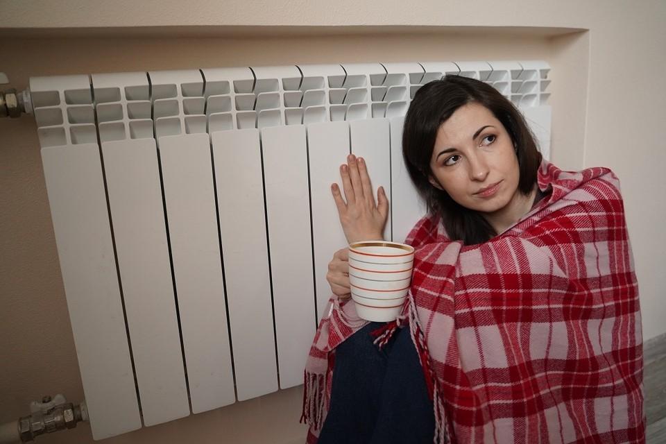 По данным администрации, тепло в домах новосибирцев появится в понедельник, 20 сентября.