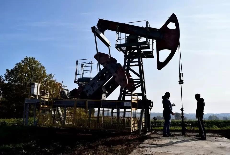 В Госдуме призвали не паниковать из-за остатков рентабельных запасов нефти в России всего на 21 год