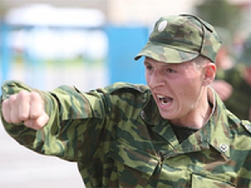 Солдат член рот