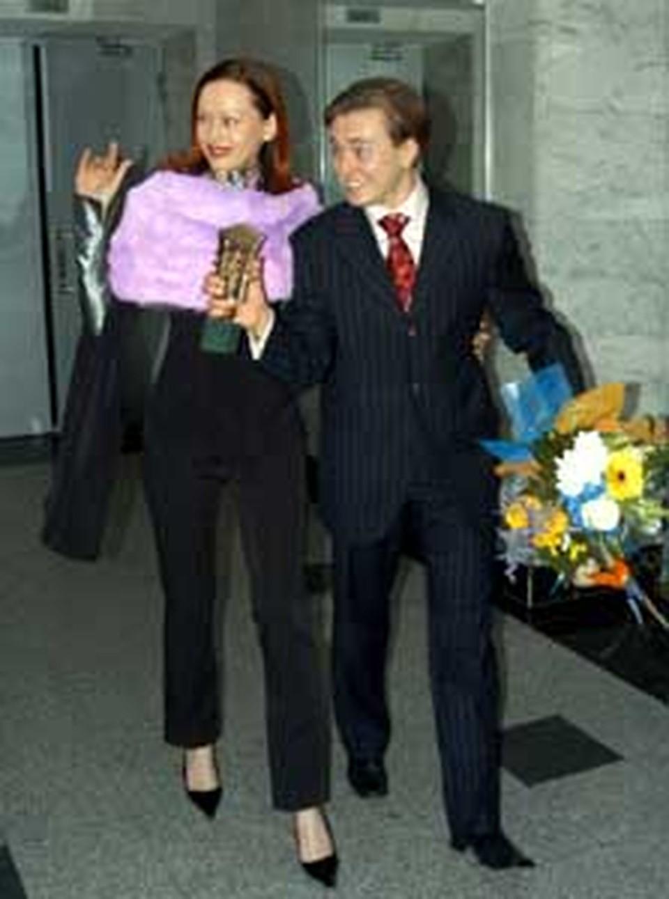 Жена Ирина первой поздравила Сергея Безрукова.
