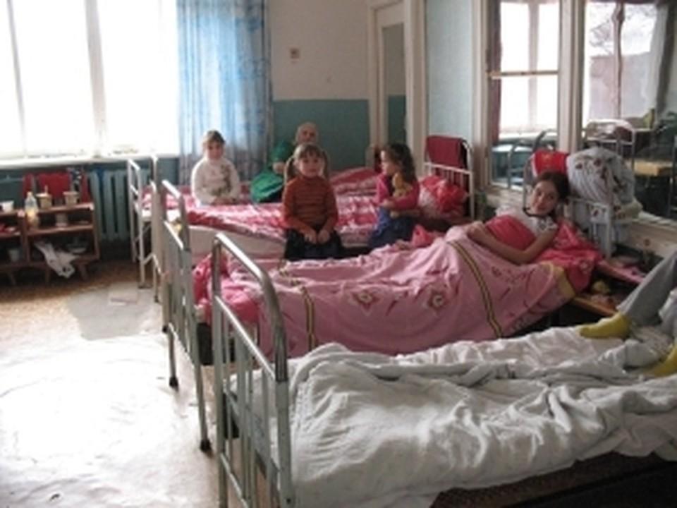 Воспитанников детского дома направляли на принудительное лечение.