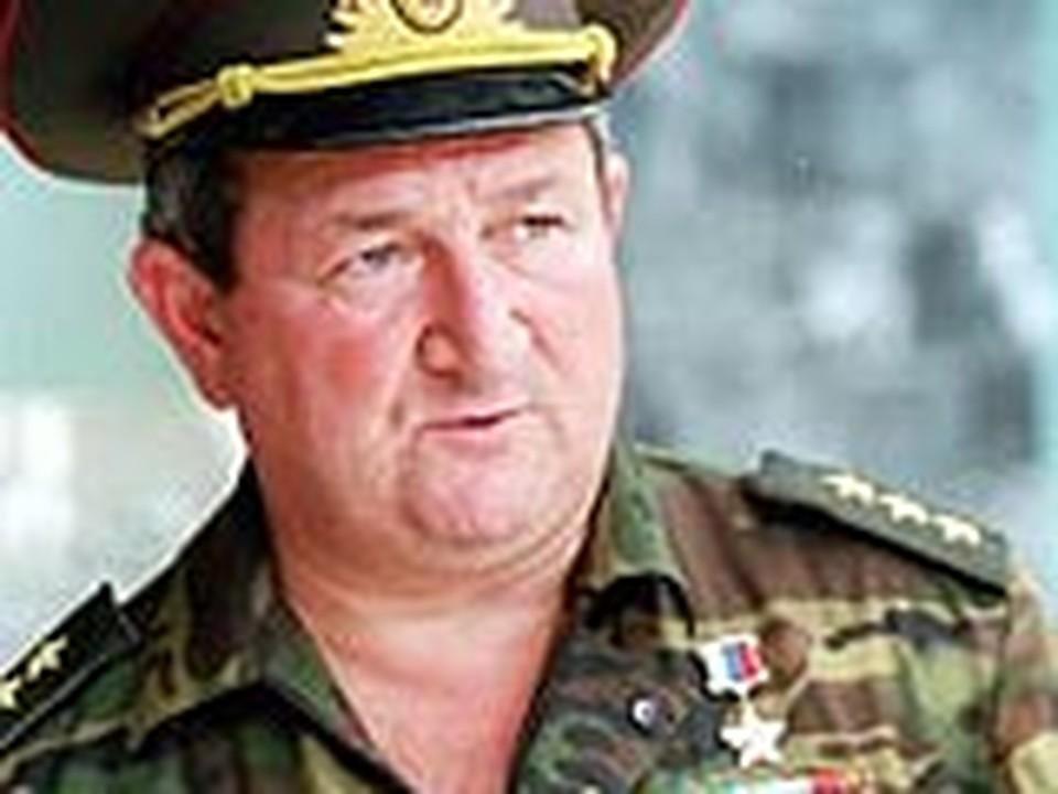 Геннадий Трошев, Генерал, Герой России