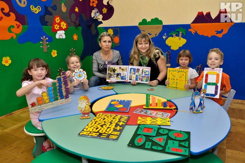 Воспитатель Ирина Друппова и заведующая детсадом Ольга Патлаенко стараются найти индивидуальный подход к каждому малышу.