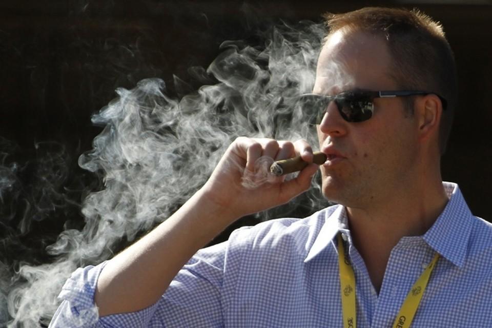 Ученые считают, что для избавления от тревог необходимо бросать, а не начинать курить