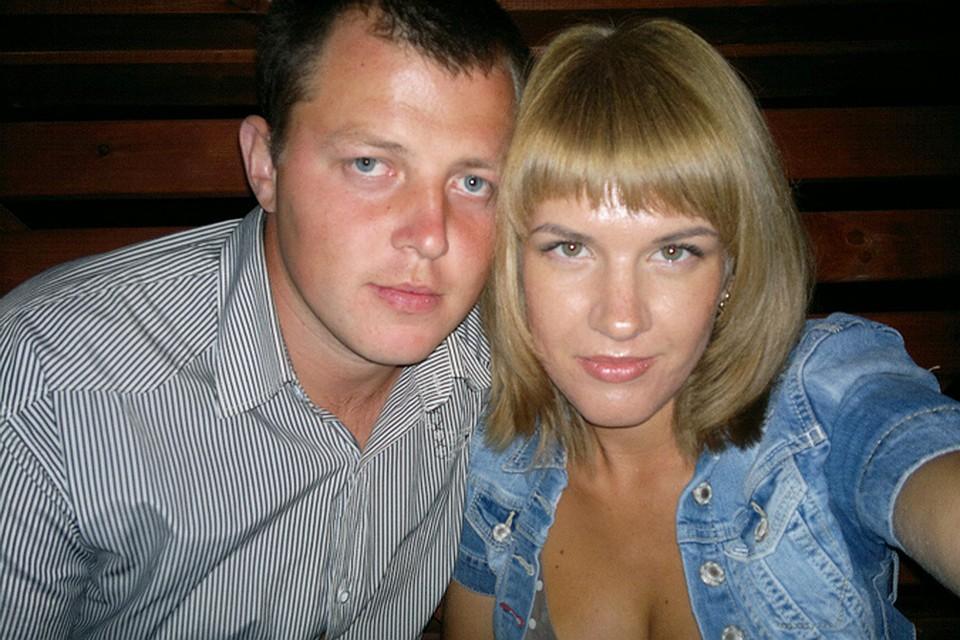 частние фото семейной пари лет 30
