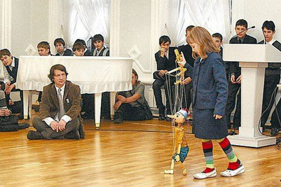Шмаков с точки зрения отечественной педагогики человек странный: хотел, чтобы в школе было интересно учиться!