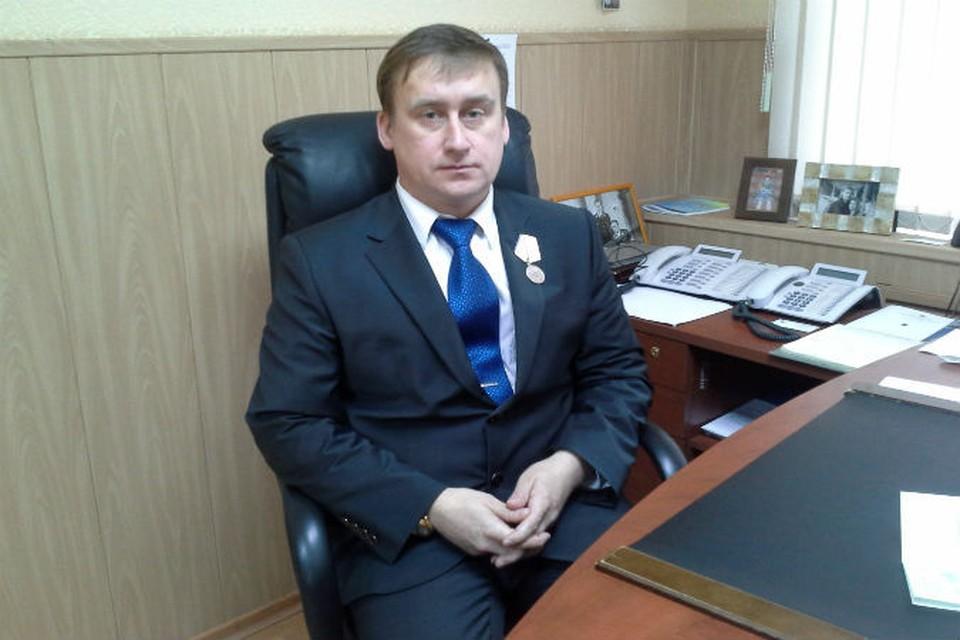Александр Трудоношин с напарником спасли единственного выжившего в катастрофе - бортмеханика Александра Сизова.