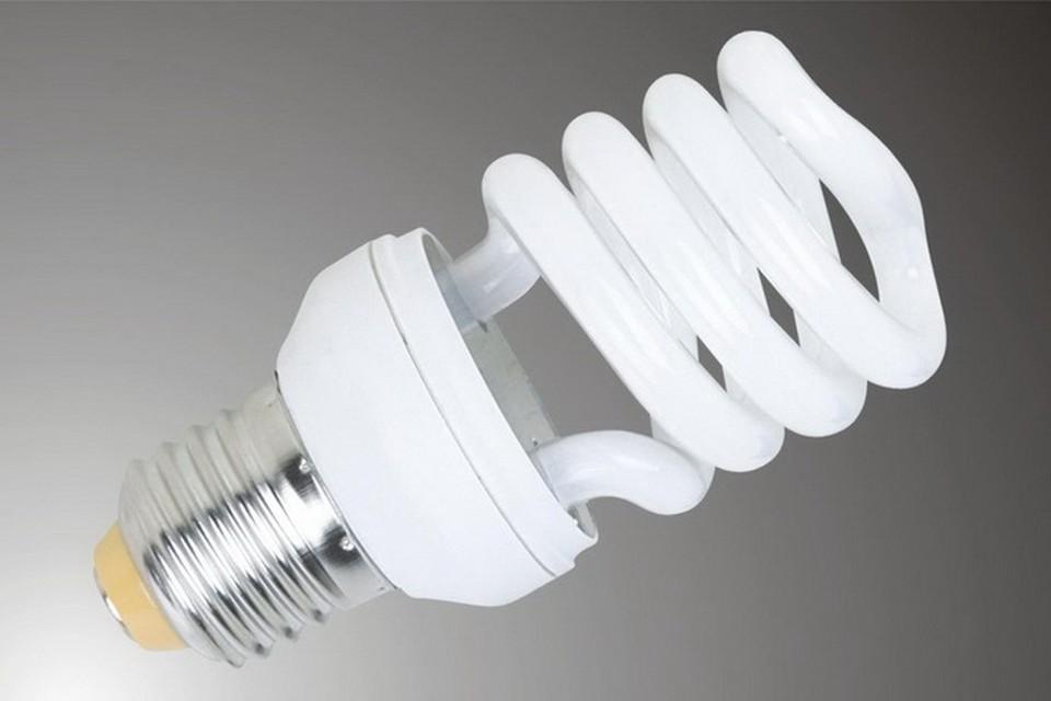 Люминисцентные лампы в 5 раз дешевле светодиодных, но их просто так на помойку не выкинешь.