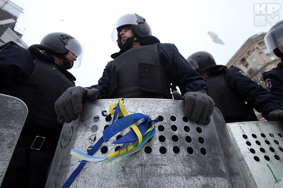 Лидеров оппозиции на круглый стол с четырьмя президентами Украины не позвали.