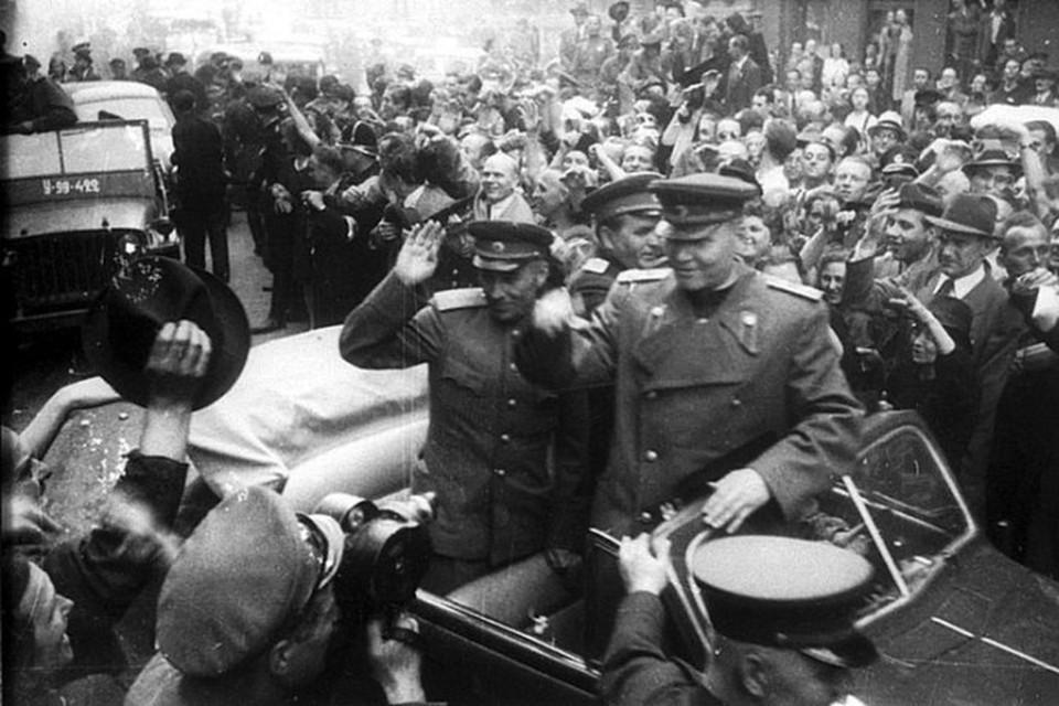 Маршал Конев в Праге весной 1945 года.