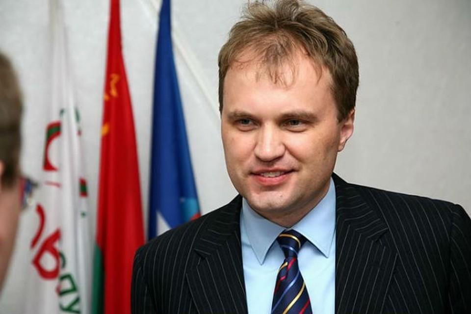 """Шевчук на деле показал, что принцип """"одна голова - хорошо, две - лучше"""" - одна из основных управленческих основ для него."""