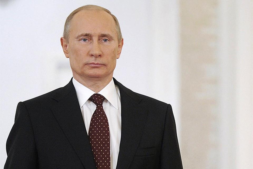 Вопросы к главе государства принимаются на протяжении уже недели в Едином центре обработки сообщений, и обратиться к Путину можно будет до самого конца «Прямой линии»