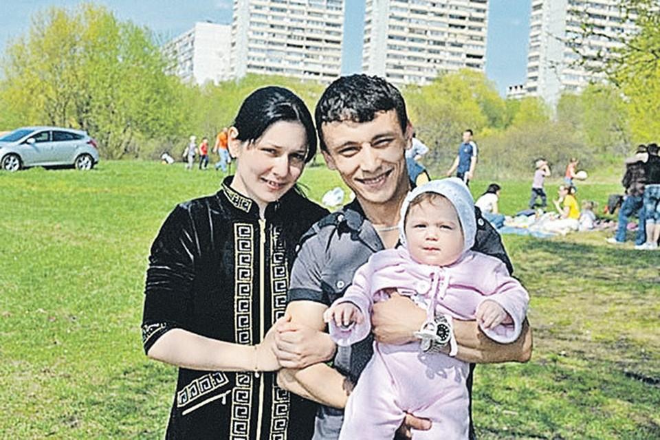Около года назад у Вали и Хабиба родился сын Амир.