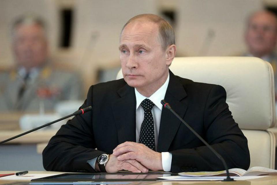 Владимир Путин наблюдал за тренировкой по управлению Вооружёнными Силами Российской Федерации