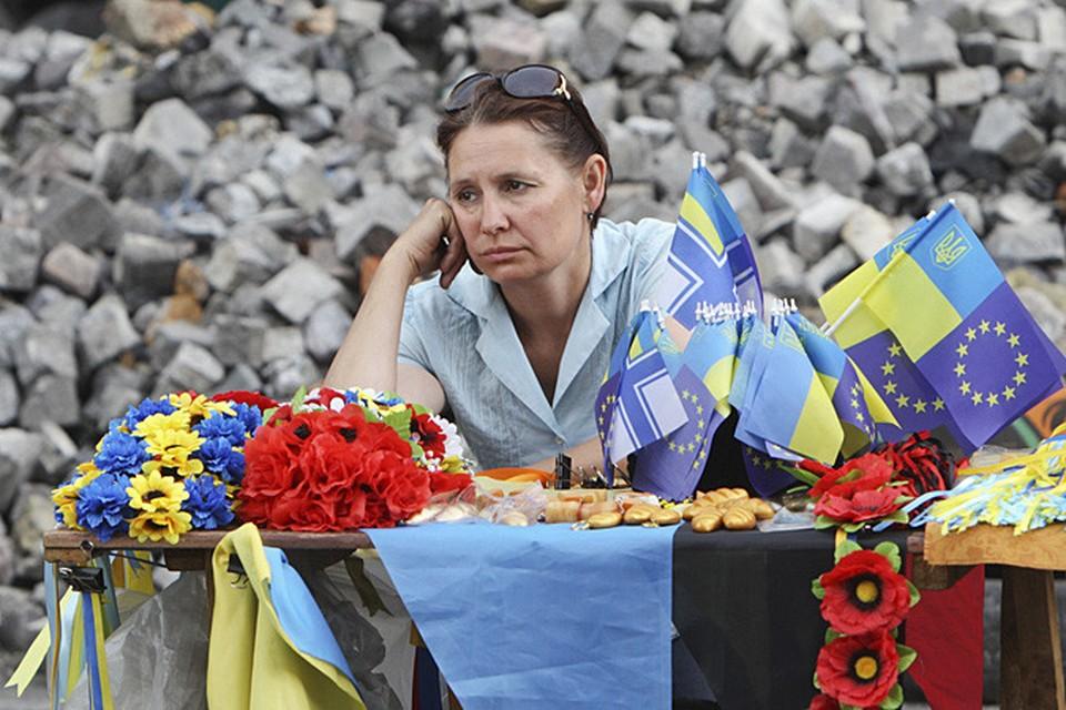 """Перебои с пенсиями в Украине случаются оттого, что """"русские спецназовцы гоняются за бедными почтальонами и отбирают у них сумки"""""""