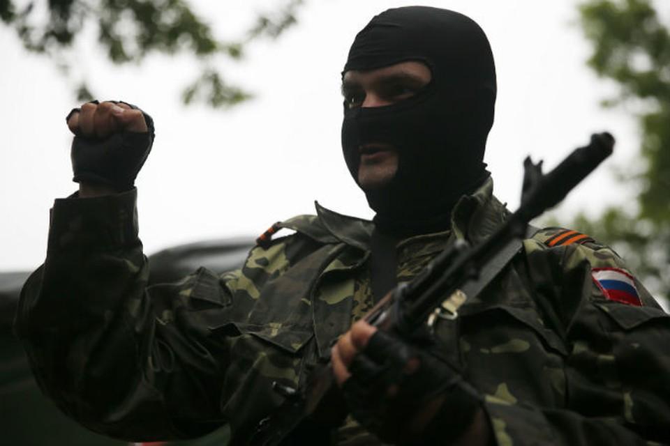 На окраинах Донецка сейчас во всю кипит боевая работа.