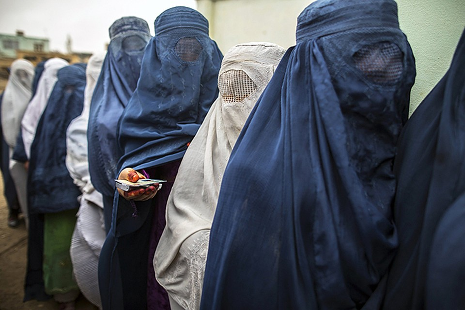 the controversy surrounding the use of the burka in france