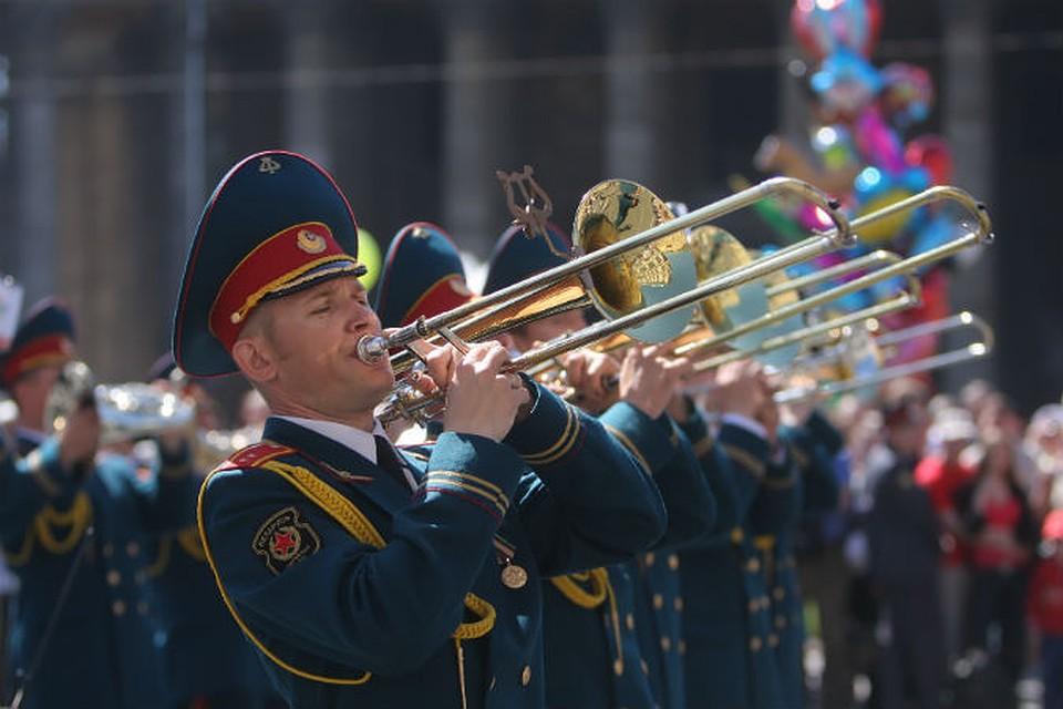 гениальный поздравление с днем рождения дирижеру военного оркестра облачного хранилища