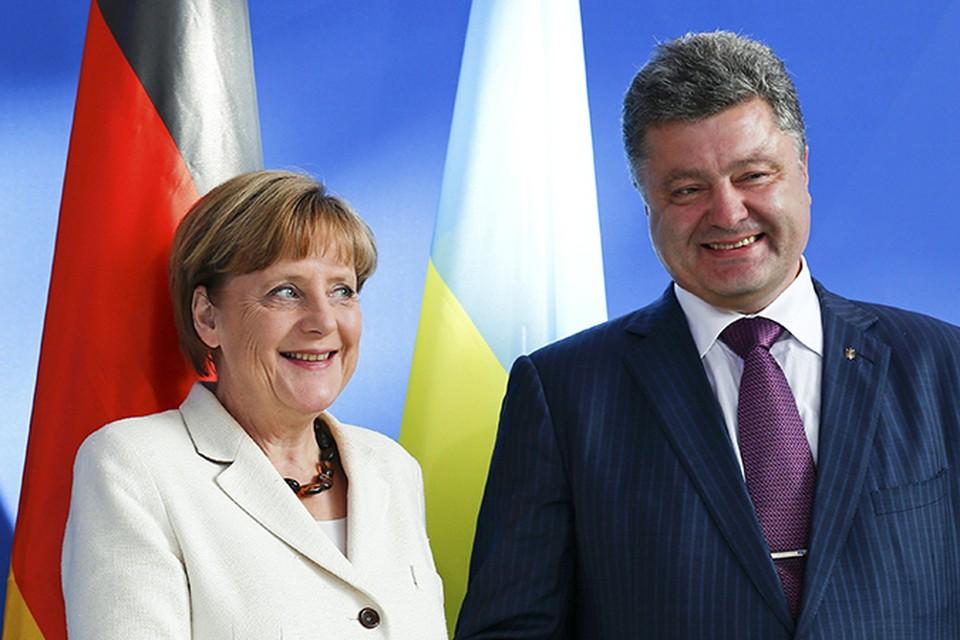 Меркель и Порошенко провели очередной телефонный разговор