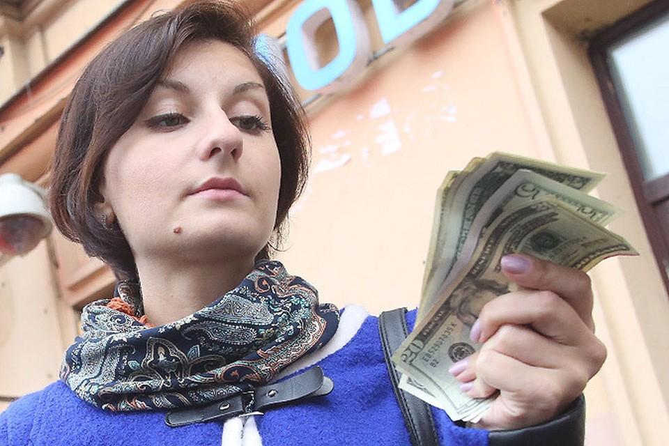 Рубль не спешит отыгрывать позиции