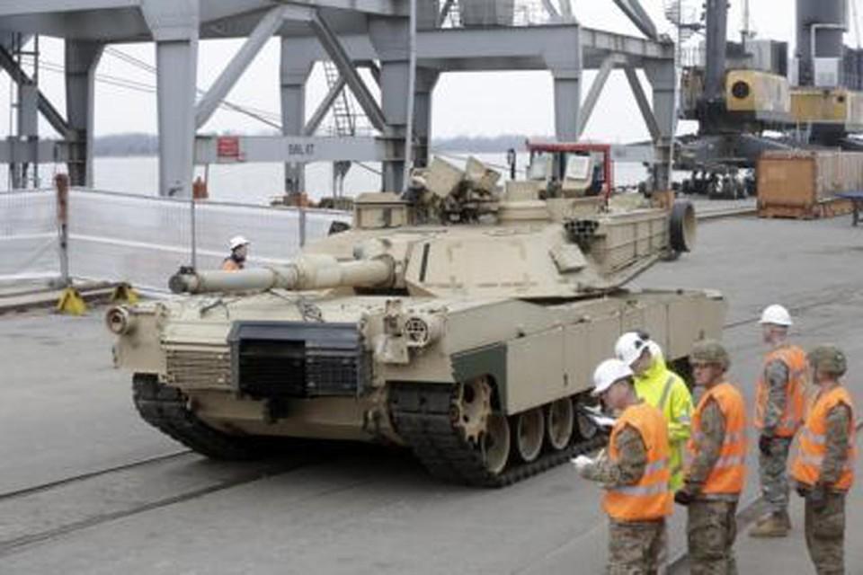 В Латвию прибыла новая партия американской военной техники