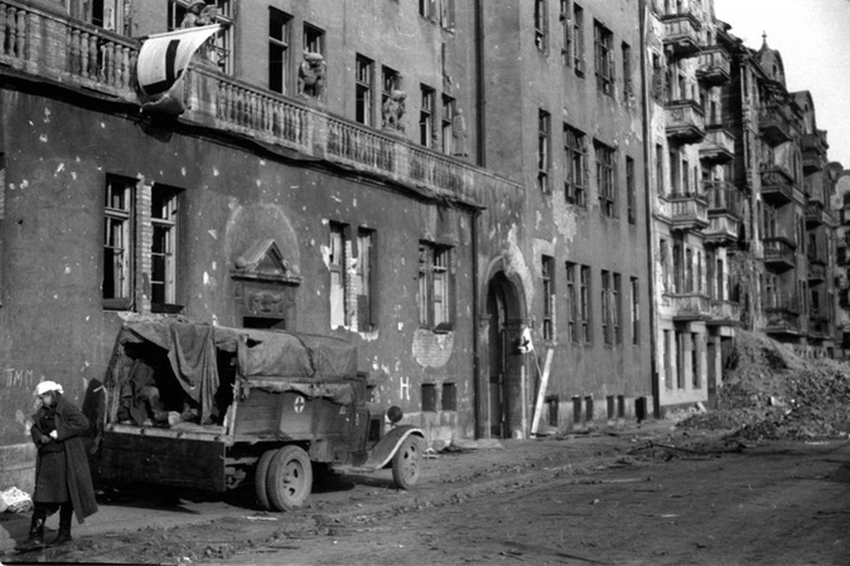 Петербуржцам покажут уникальные фотографии взятия Берлина фото: РОСФОТО