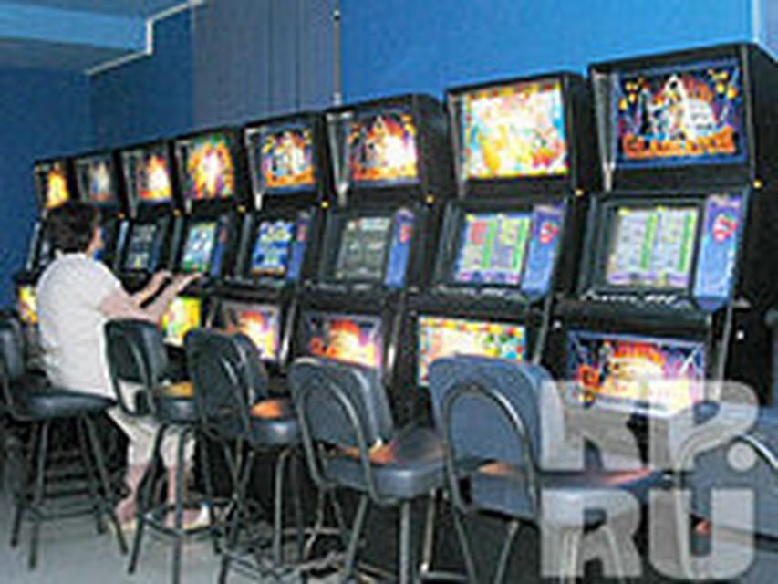Феникс казино на красной площади гараж игровые автоматы бесплатно без регистрации