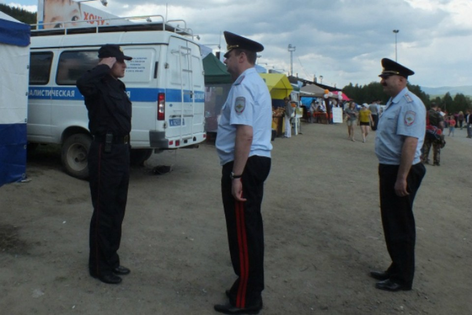 Порядок на Ильменке обеспечен. Фото: пресс-служба ГУ МВД по Челябинской области.
