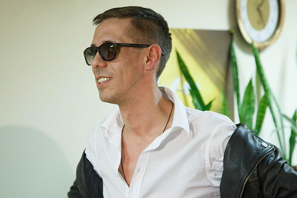 Две недели назад в гостях у радио «КП» популярный актер Алексей Панин сказал, что готов поехать на Донбасс