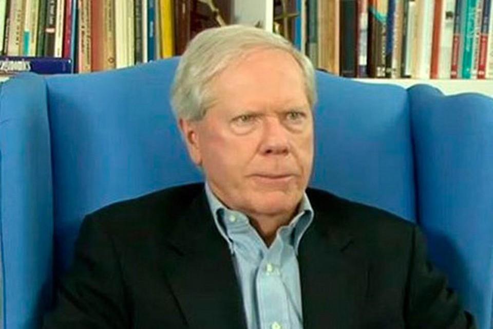На рубеже 1970-х – 1980-х годов Пол Крейг Робертс был активным членом американского «Комитета по существующей опасности»