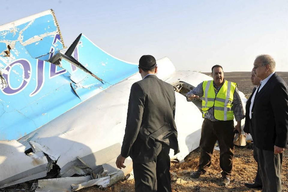 Первые фото с места крушения российского самолета.