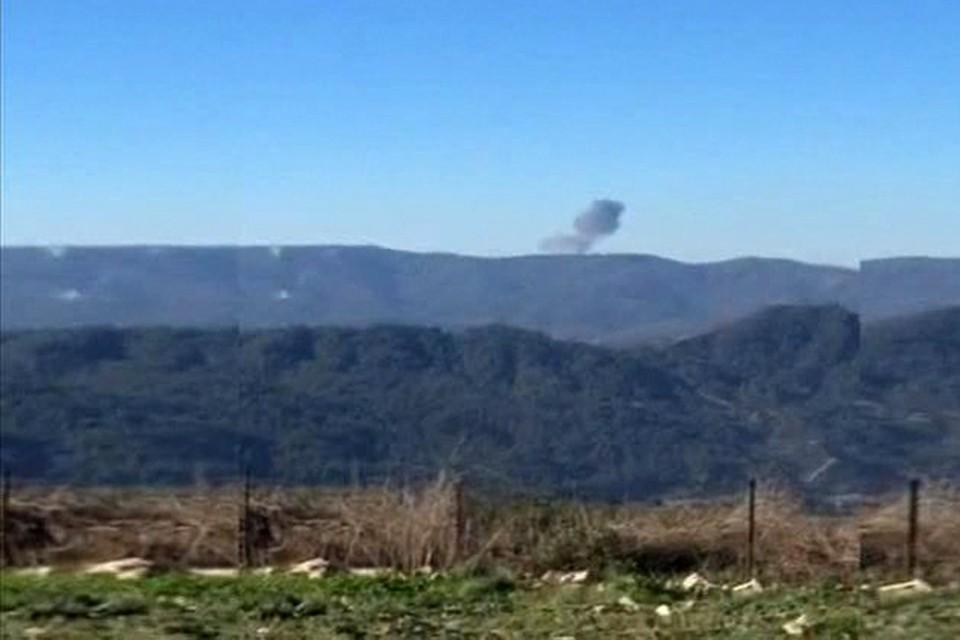 На сирийско-турецкой границе разбился военный самолет