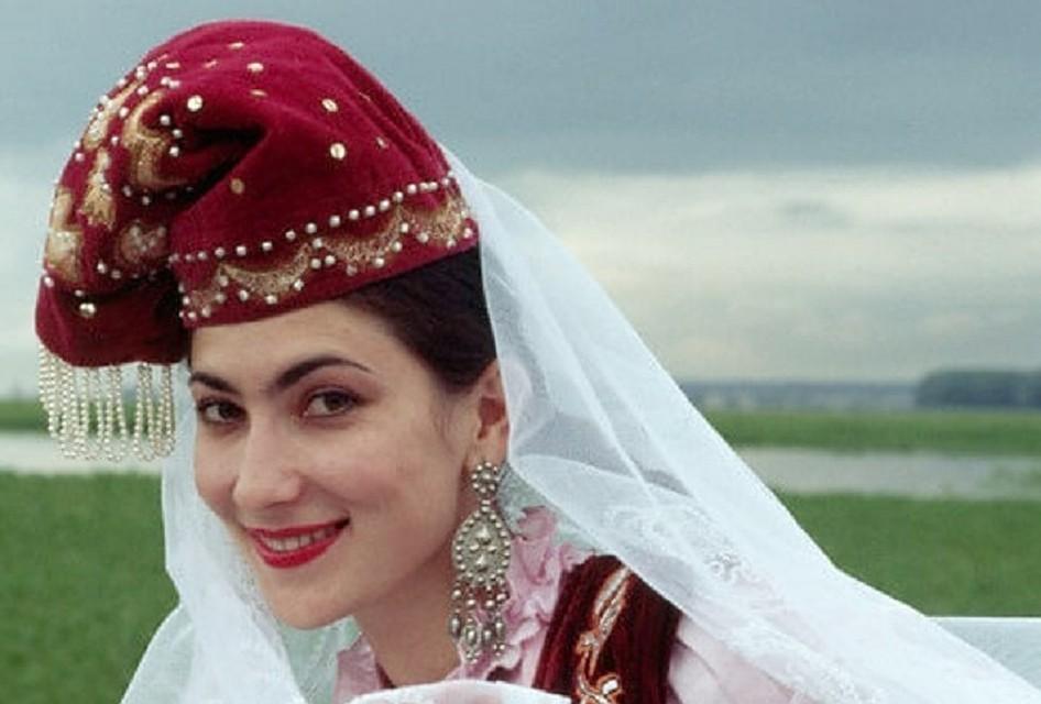 Знакомства С Женщиной Татарской Национальности