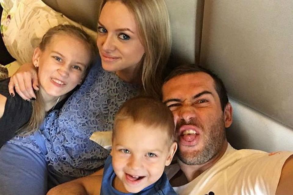 Милана Кержакова впервые стала мамой   StarHit.ru