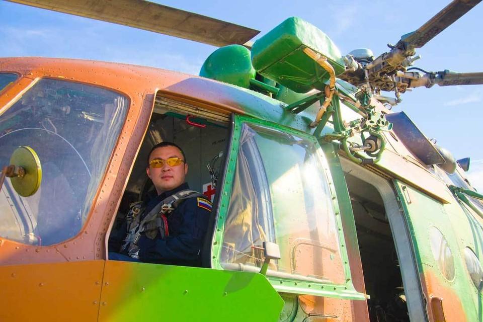 Кайрат Джаксбаев. Во втором поколении все мужчины в его семье – военные вертолетчики.