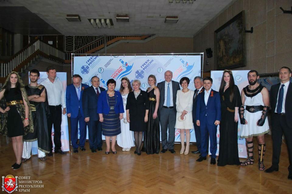 """Идея """"Крымского маяка"""" в том, чтобы подчеркнуть, что многонациональность России - это ее сила, богатство и гордость. Фото пресс-службы правительства Крыма."""