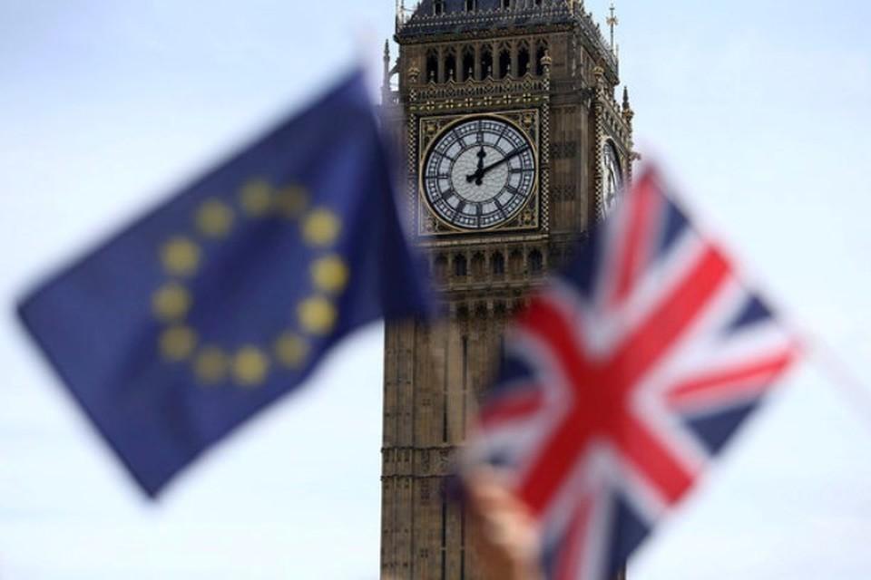 Жители королевства накануне решали, быть ли Британии в Евросоюзе или нет. Пока интрига сохраняется