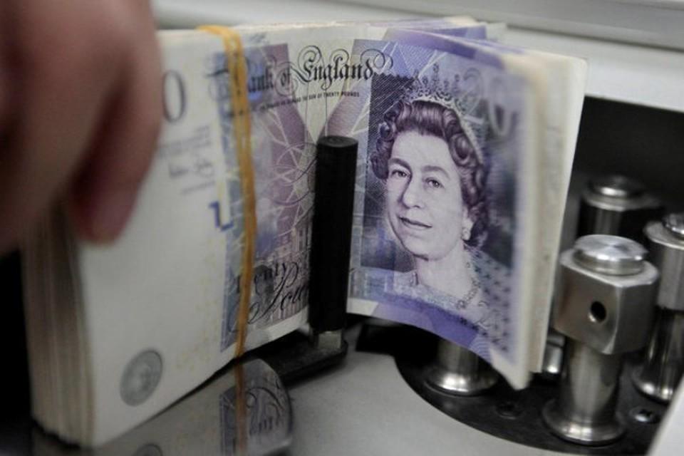 Фунт стерлингов на новостях об итогах референдума в Великобритании обновил рекорды 1992 и 2008 годов