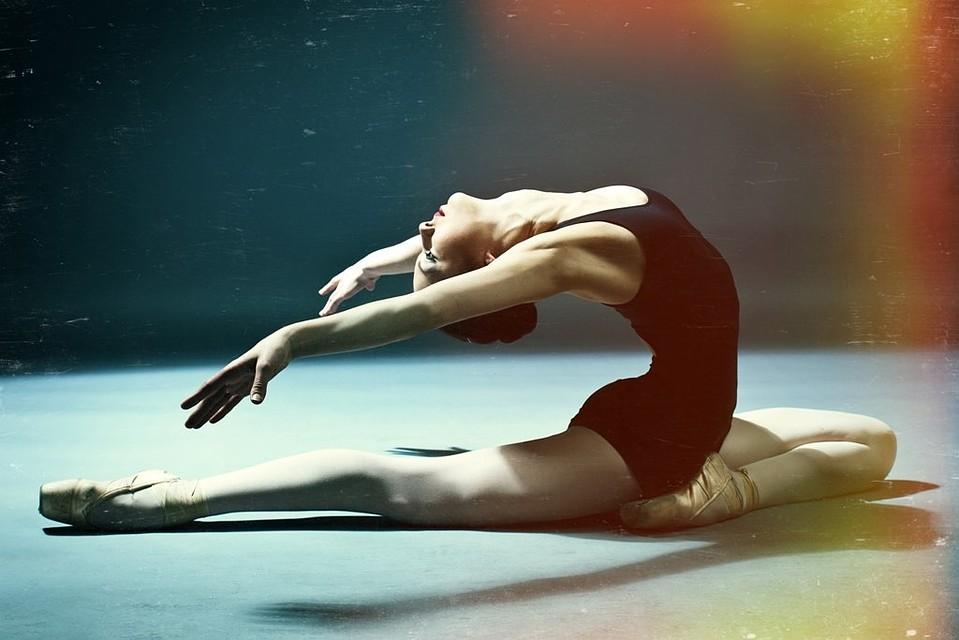 Балерина связана молодую смотреть