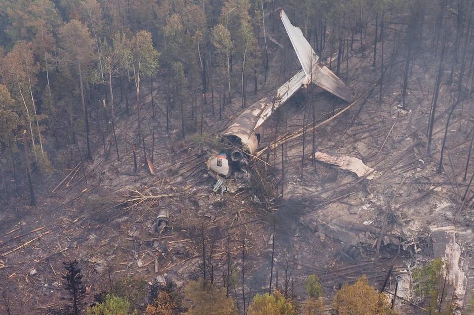 Катастрофа самолета Ил-76 в Иркутской области: спасатели обнаружили тела членов экипажа и черный ящик. ФОТО: Максим ГРИГОРЬЕВ/ТАСС