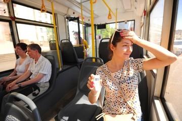 В каком транспорте москвичам можно спастись от жары