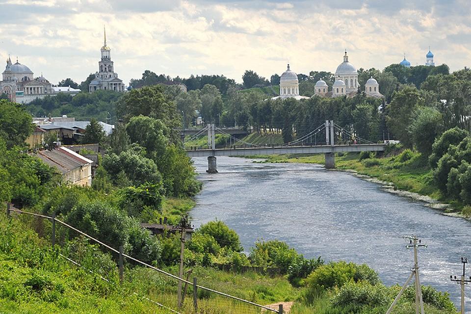 Долго собираться в Торжок не нужно — ехать туда из Москвы всего три-четыре часа.