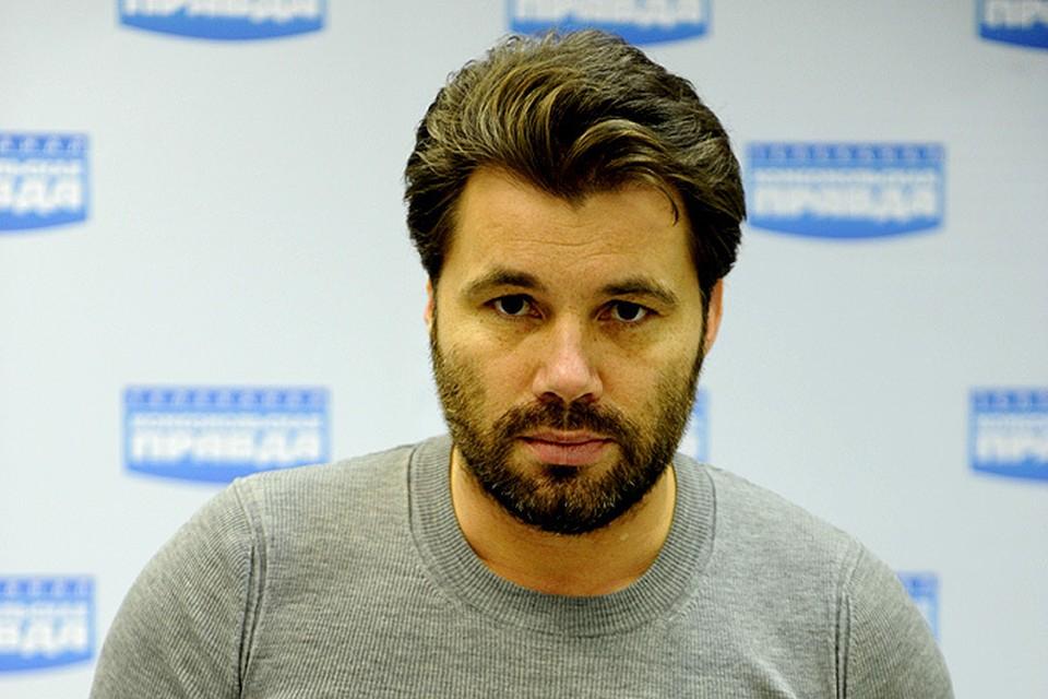 Олег Рой покидает ряды писателей, чтобы заняться мультфильмами
