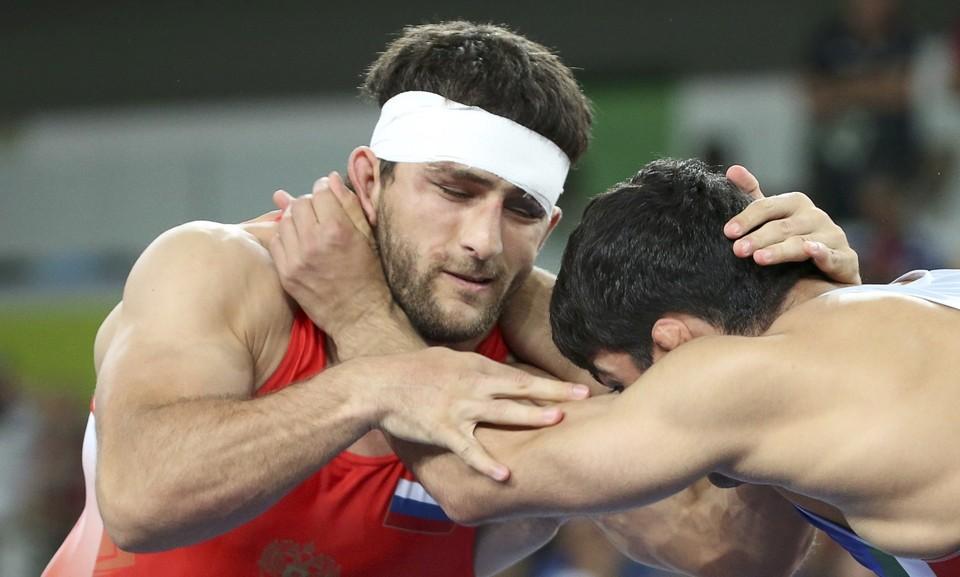 Гедуев по ходу поединка вел в счете 6:0, но уступил победу молодому иранцу.