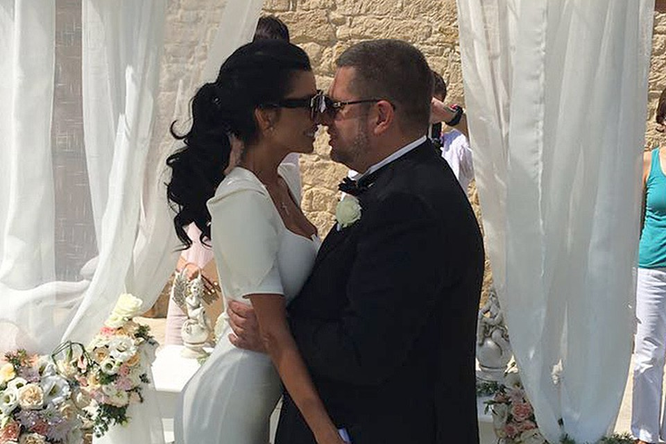 Дмитрий Якубовский и его красавица жена Лера