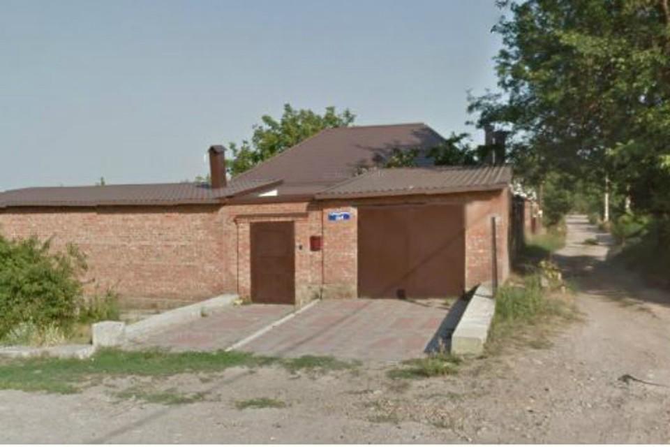 Так выглядит дом в Ростове-на-Дону, где до недавних пор был прописан отец Захарченко.