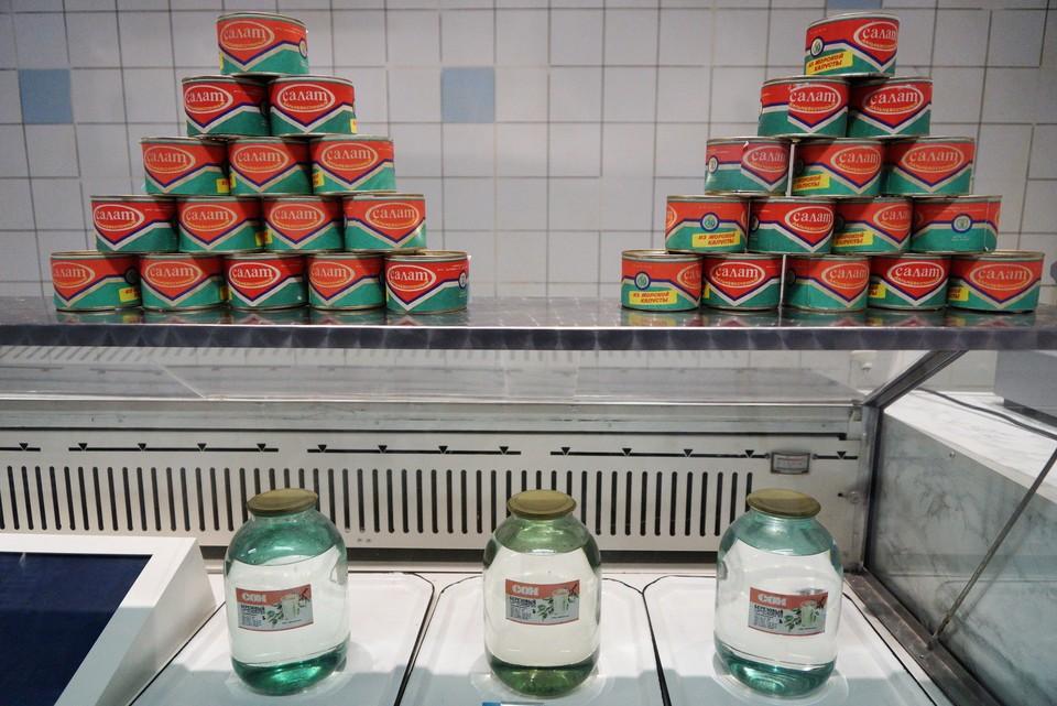 Мы можем вернуться в те времена, когда на полках магазинов была только морская капуста да березовый сок...